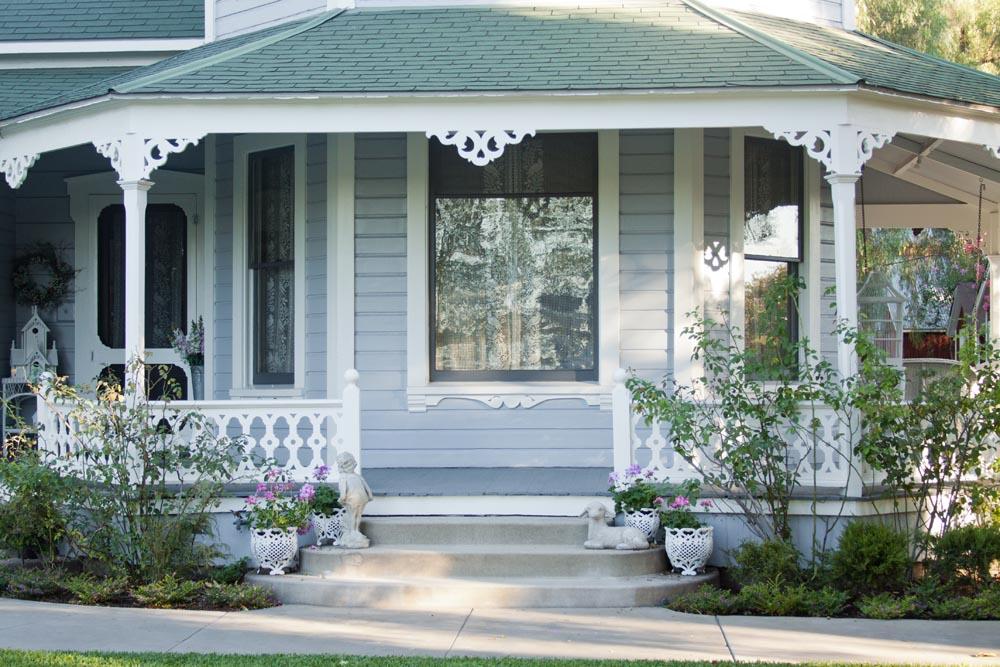 Wrap Around Porch Entrance